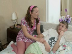 step-sister-helps-step-bro-to-feel-good-with-ass-fuck