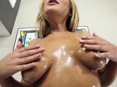 perky-nippled-ravishing-sexy-porn-first-timer-babe-blair