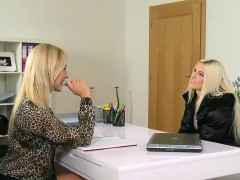 female-agent-licks-hairy-blonde-in-casting