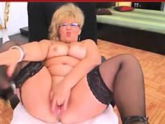 chubby-blonde-granny-solo-masturbation