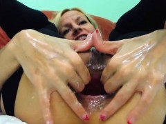 extreme-anal-and-pussy-fisting-with-squirting