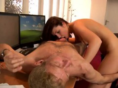 young-fat-girl-and-old-man-porn-sex-movietures-but-anna-is-d