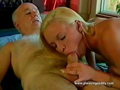 19 Years Old And She Loves Mature Cock – Videos XXX Incesto