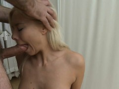 blonde-whore-does-blowjob-and-anal-during-physical-exam