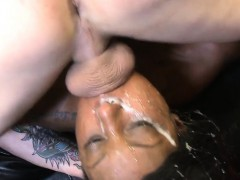 ebony-kiianna-cox-brokes-gets-mouth-fucked-by-client