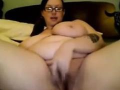 fat-and-busty-geek-maturbates