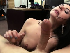 deepthroater-and-hot-woman-gets-her-pussy-fucked-by-shawn