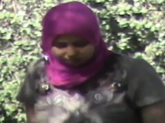 busted-syrian-refugees-having-sex-in-the-forest