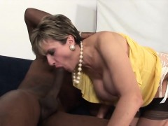 Unfaithful British Mature Lady Sonia Pops Out Her Massive Pu