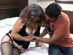 granny-customer-sucks-young-delivery-man