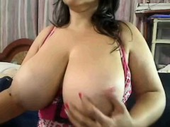 colombian-milf-shows-her-big-tits