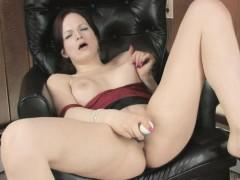 Nasty Chick Uses Vibrator To Gets Some Pleasure
