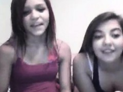 young-teen-girls-flashing-on-webcam