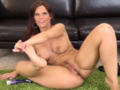 cock starving mom with massive boobs syren de mer is longing for pleasure