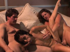 wives-pose-to-find-dudes-to-fuck-them-while-their-husbands-watch