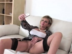 unfaithful-english-mature-gill-ellis-showcases-her-gigantic