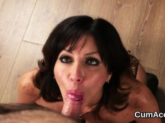 kinky-honey-gets-sperm-load-on-her-face-swallowing-all-the-c
