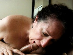 cocksucking-granny-pleasing-her-amore