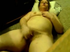 fat-girl-loves-fingering-herself