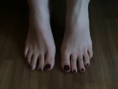 hot-dirty-feet