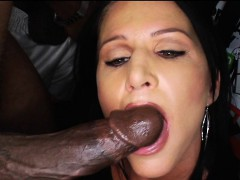 mom-fucked-by-3-black-movers