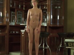 sensual-sweetie-gapes-narrowed-slit-and-gets-deflorated