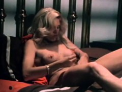 blonde-lady-special-sex-power