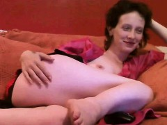 mature-woman-shows-on-webcam-blanche-live