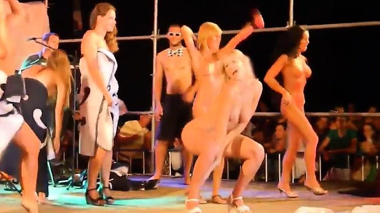 Смотреть фото голые танцы