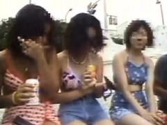 naughty-japanese-babes-seize-the-chance-to-feed-their-hunge
