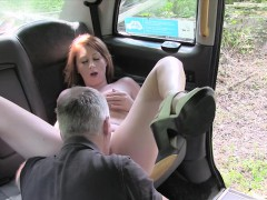 pretty-girl-offered-bj-and-sex-to-pay-damage-to-the-cab