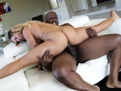 bodacious-ebony-teanna-trump-sucks-and-fucks-huge-black-dick
