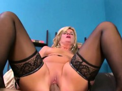 mature-slut-uses-her-boy-toy