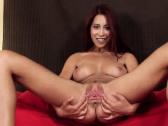 Naughty Czech Nympho Stretches Her Pink Vagina To The Extrem