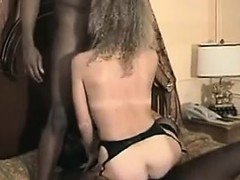 wife-banged-by-blues