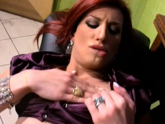 redhead-t-babe-with-bubble-ass-plays-with-herself-in-office