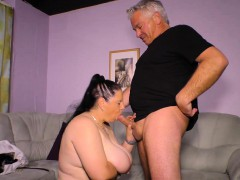 hausfrau-ficken-german-granny-fucks-her-husband-on-camera