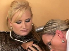 amazed-looker-in-lingerie-is-geeting-urinated-on-and-drilled