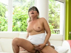 busty-mature-banged-in-missionary