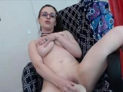 housewife-pita-moaning-cum