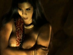 Erotic Indian Girlfriend From Bollywood