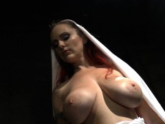 hugetit-dominatrix-spanking-sub
