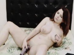 Busty Sexy Babe Pleasure Herself On Cam