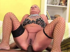 interracial-anal-session-with-a-mature-blonde