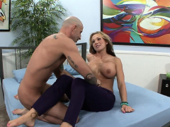 blonde wife penetrated and jizz in mouth