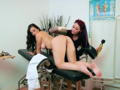 patient-plays-with-pussy-of-nurse-using-various-objects