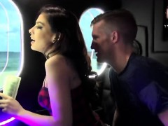 amy-parks-amazing-threesome-in-bang-bus