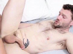 sexy-twink-is-willing-to-do-anything-to-keep-his-apartment