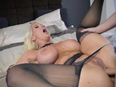 horny babe alura jenson gets boned and creamed