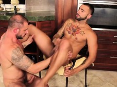 muscle-gay-ass-to-mouth-and-cumshot
